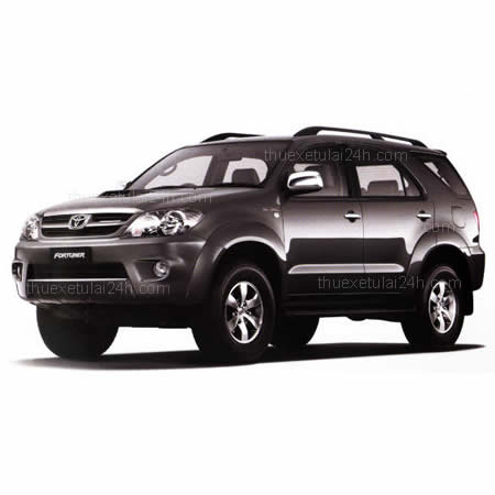 Cho-thue-xe-tu-lai-Toyota-Fortuner-7-cho
