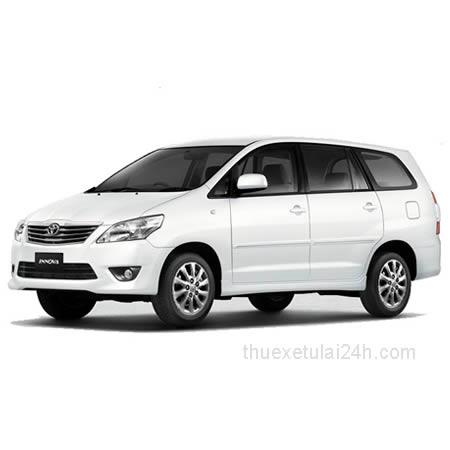 Cho-thue-xe-tu-lai-Toyota-Innova-G-2-0-AT