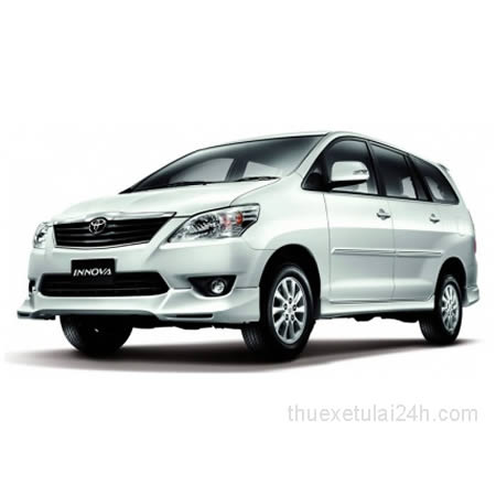 Cho-thue-xe-tu-lai-Toyota-Innova-V-2-0-AT