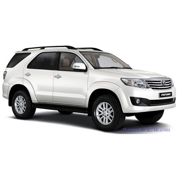 Thue-xe-co-lai-Toyota-Fortuner