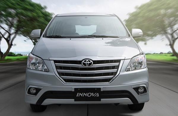 Cho thuê xe Innova 7 chỗ có lái