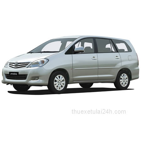 Cho-thue-xe-tu-lai-Toyota-Innova-J-2-0-MT-2011