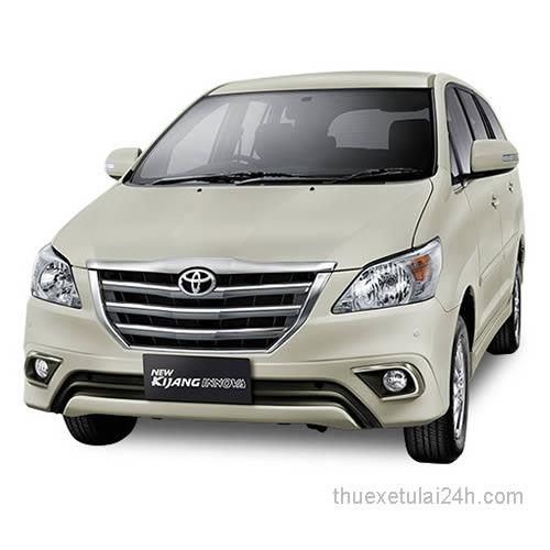 Cho-thue-xe-tu-lai-Toyota-Innova-Kijang-2-5J-MT