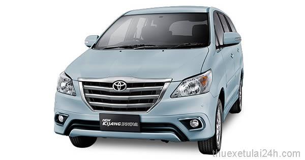 Cho-thue-xe-tu-lai-Toyota-Innova-Kijang-Luxury-2-0V-AT-1