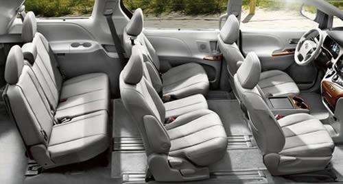 Cho thue xe tu lai Toyota Sienna 7 cho-1