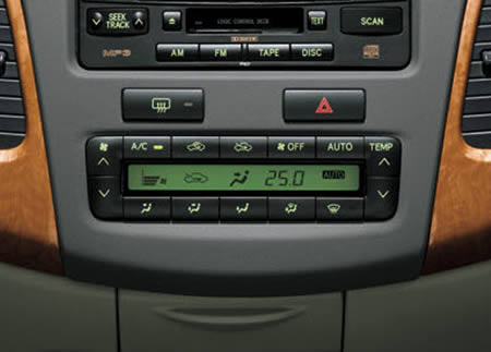 Xe-toyota-innova-standard-2TR-FE-2-7-MT-2011-1